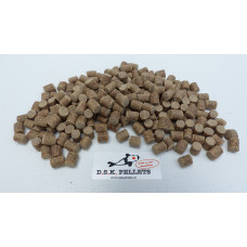 White Feed Pellets 8mm